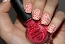 Nail Art...One of my favorite things to do! / by Leslie Pruitt