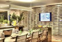 Especial Cozinhas / Um espaço que reúne bons momentos em família ou amigos, a cozinha merece uma decoração especial e aconchegante. Confira a lista com cozinhas nada convencionais e tenha um bom apetite!  #piso #design #arquitetura #castelatto #revestimento #decor #decoração #sofisticacao #textura #inovacao #floor #revestimento #parede #wall #kitchen #cozinha #interioresdesign #style #decoraçãodeinteriores #decordesign #decorando #referencia #decoration #decorlovers #decoracao #archilovers #cocina #cocinas