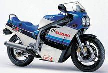 SUZUKI GSX-R750-1985-2017