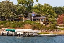 Lakefront Retreat / Mahtomedi, MN