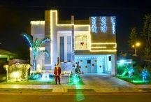 Fachadas de Casas e Lojas Decoradas Natal / Veja muito mais fotos, dicas e informações técnicas de cada FACHADA no blog Decor Salteado! É só clicar nas imagens! ; - )