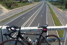 O mundo em duas rodas / fotos de cicloturismo, ciclismo e mobilidade urbana...