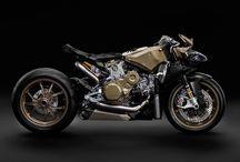 Per la Moto / Al the Motorbike