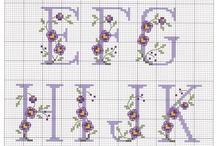 Haft krzyżykowy - litery, alfabet