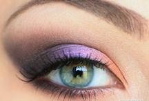 Makeup & beauty / by Tarina Martin