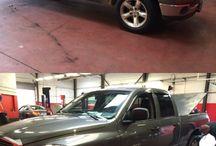 Voitures exceptionnelles des années 2000 / Des véhicules sortant de l'ordinaire, venus nous rendre visites en magasin