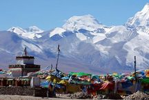 Mt. Kailash Tour / The Mt. Kailash is a holy mountain and sacred places for the pilgrimage. The photos of this tour is taken by Asian Journey.