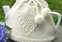 knitting / by Linda Crosslin