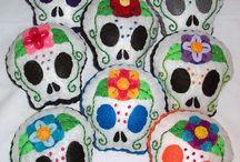 Skull dolls