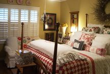 Beautiful Bedrooms / by Gwynn Butterfield