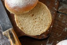 Bread 'n Buns / Breads, loaves, buns and other yeast products (because that's how I roll)