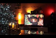 Hue Christmas Lights / Philips Hue Christmas Scene Ideas and Inspiration.