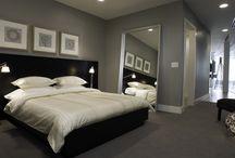 Master bedroom / El cuarto como mi novio lo quiere