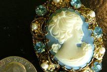 Jewels and trinkets
