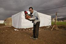 Syrische vluchtelingen in Libanon / ,,Ik was verbijsterd toen ik mijn dode vrouw en kinderen zag''  Syrische vluchteling Hassan Mohamed Hamut vertelt zijn verhaal http://www.klamer-staal.nl/lees/ik-verbijsterd-toen-ik-mijn-dode-vrouw-en-kinderen-zag/