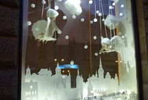 Xmas decorations windows