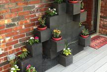 blocchetti cemento e fiori