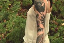 Hannah Snowdon (tattoo artist)..tattoos and style / by Ola Witkowska
