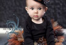 Halloween Portrait Ideas / Fun ideas for a spooky session!