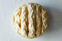 Pies / by Melissa Belanger