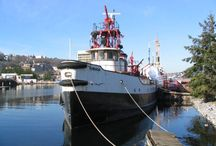 Fireboats / Historic fireboats