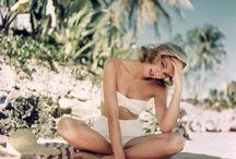 beach babes / by Celestin