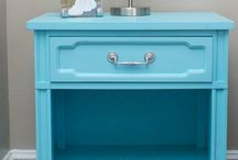 Refinishing Furniture / by Fiona Moodie