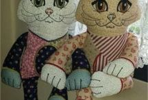 Machine Embroidery Projects / Shelf Sitters