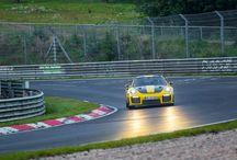Récord Porsche 911 GT2 RS en Nürburgring / ElPorsche 911 GT2 RSbate el récord en Nürburgring con 6 minutos y 47,3 segundos. Este espectacular modelo es el 911 más potente y rápido jamás construido. Una bestia sin límites.