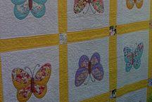 Baba takarók és pillangó minták