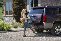 Chevrolet Tahoe Z71 / L'allestimento Z71 della Chevrolet Tahoe dal 1998 è sinonimo di dotazioni esclusive. Anche quest'annola Tahoe Z71 non si smentisce ed offre ai suoi estimatori tante novità. per saperne di più: http://www.cavauto.com/news/chevrolet-tahoe-z71-2015-le-immagini-ufficiali/