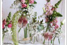Glass bottles decorated with flowers    בקבוקי פרחים מעוצבים    / Glass bottles decorated with flowers    בקבוקי פרחים מעוצבים