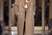 Versace Fall Winter 18 Men's Fashion Show