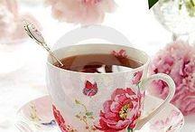 High Tea Elegance / Beautiful cups and saucers