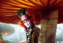 Alice in wonderland / Abnormality and wonder of the film adaptations (both versions)