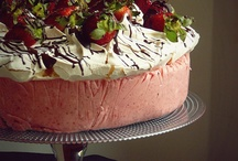 Cakes  / by Katie Popov