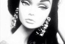 Latina❤️ / Hair,makeup overall style is Latinas can rock