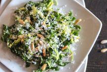 Tilbehør som salat og andre grøntsager