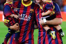 Neymar JR , Lionel Messi , Thiago Messi i Davi Lucca