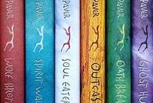 Fantasy Books / Michelle Paver's books and Aino Kallas