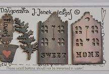 Hand painted buttons by Malgorzata Joanna Jenek©