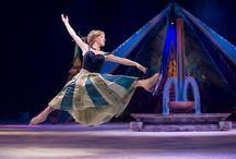 Disney On Ice Presents Frozen! / The 34th Disney On Ice spectacular will bring the Academy Award® winning and number one animated feature film of all time, Disney's Frozen, to life at the United Center!  Get tickets: http://www.unitedcenter.com/events/2015/01/disney-on-ice-frozen/