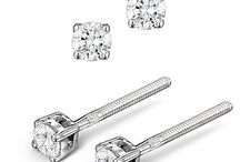 10 Exquisite Diamond Stud Earrings / Chic, timeless and dazzling, diamond stud earrings are THE item of jewellery every girl (and boy) should own. Feel effortlessly glamorous and confident in a matching pair of our fine white diamonds…