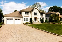 For Sale in East Hanover New Jersey / This Gorgeous 6 Bedroom Home in East Hanover New Jersey, Center Hall Colonial, Located Close To Everything. Offered at $949,999.00 by Matthew DeFede of Coldwell Banker Residential