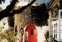House : Spanish Mediterranean style