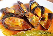 PLATOS CON: marisco, pulpo, calamares, mejillones... / Zarzuela de marisco y rape