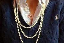 White accessoires