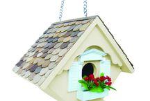 Bird Houses & Bird Baths