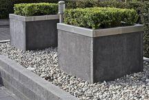 Tuin / Inspiratie voor achtertuin: beton, grind, muurtjes