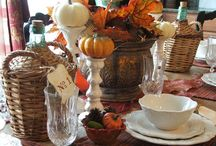 THANKSGIVING / Thanksgiving Recipes, Tablescapes, Decorations and Traditions / by Tina Walker